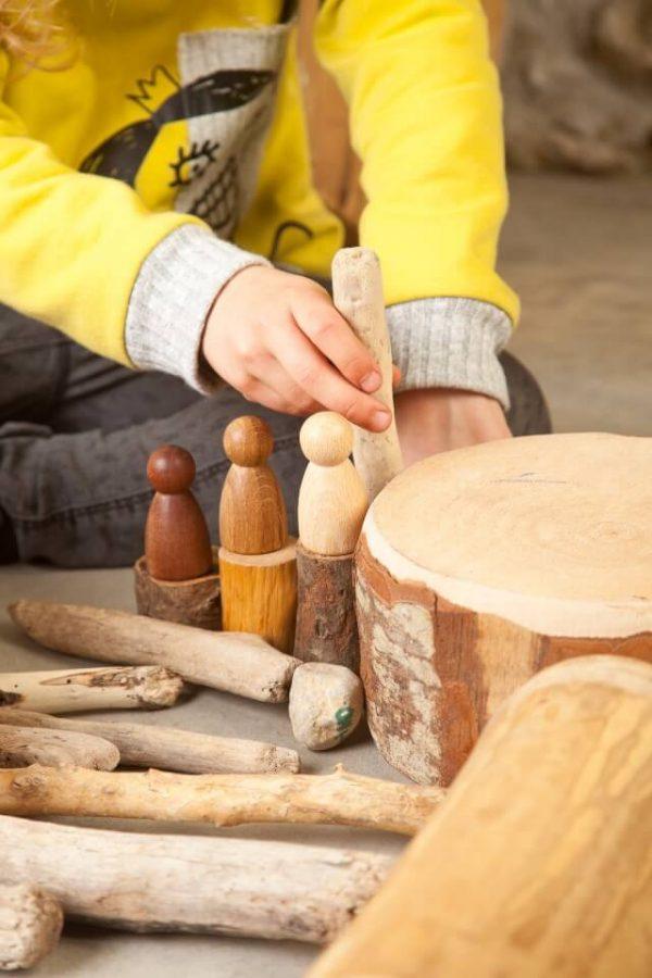 3-nins-de-madera-minimundos-grapat3