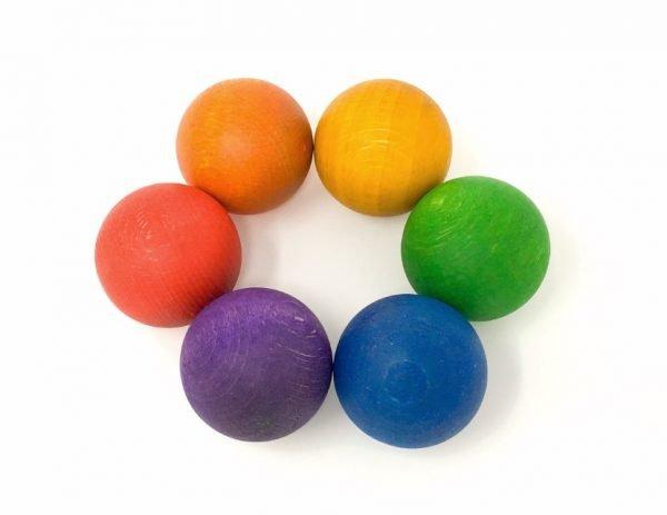 6-bolas-en-los-colores-del-arcoiris-minimundos-grapat1